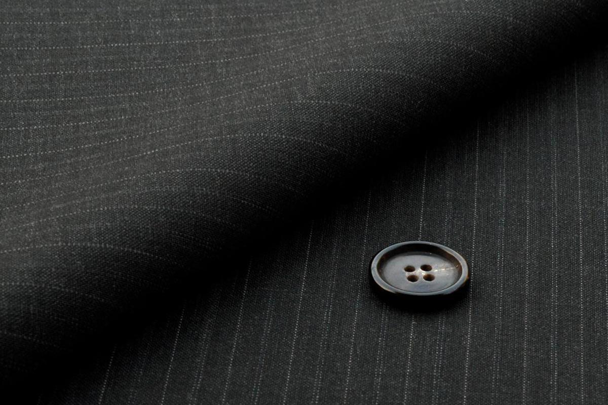 [オーダースーツ]【SUPER100❜s】コンフォートな着用感のスーツ