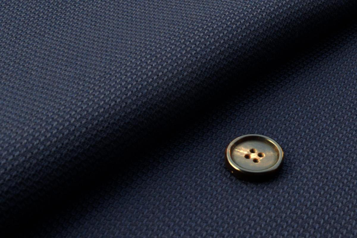 [オーダースーツ]定番のネイビージャケットに是非