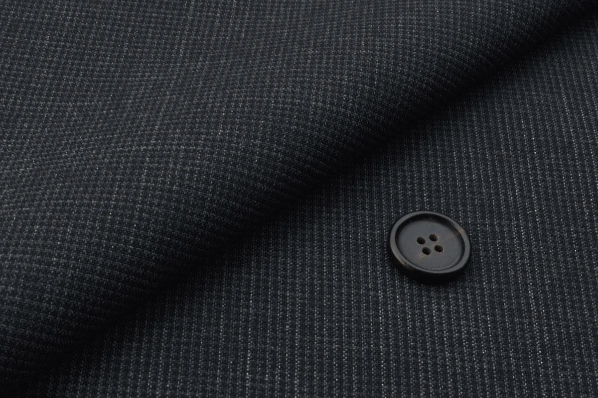 [オーダースーツ]洗練された雰囲気の大人のスーツ
