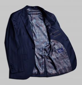[オーダースーツ]どんなシーンでも着まわしが効く、ビジネスマン必須の一着