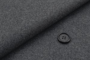 [オーダースーツ]カシミアで肌ざわり抜群・寒い冬もこの一着があれば安心!