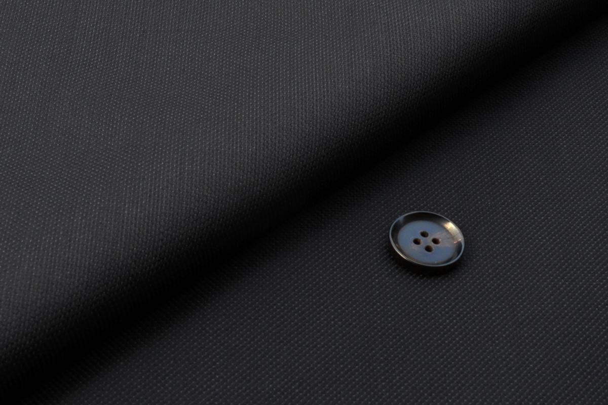[オーダーレディースパンツ]細かなドット柄がポイントのおすすめスーツ