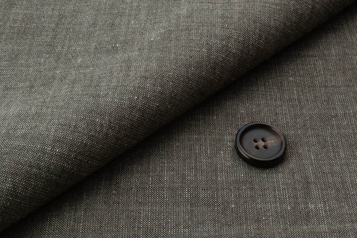 [オーダーレディースジャケット]【クールビズはコレ!】暑い夏のスーツは生地素材に注目!