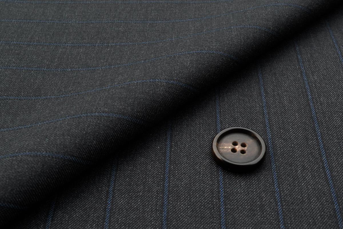 [オーダーレディースジャケット]【CANONICO】華やかで力強い印象のストライプスーツ