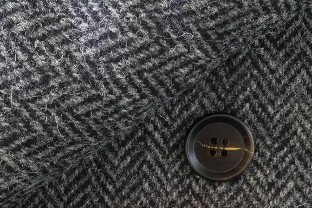 """[オーダーコート]表面感のあるツイードの織柄で、""""脱・オジサン""""の今風クラシック"""