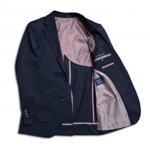 [オーダーレディースジャケット]忙しいビジネスマンのあなたに、シワになりくい生地を。