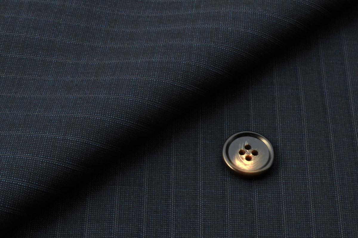 [オーダーレディーススーツ スカートセット]透け感のある爽やかスーツで、暑い日のビジネスもクールに。