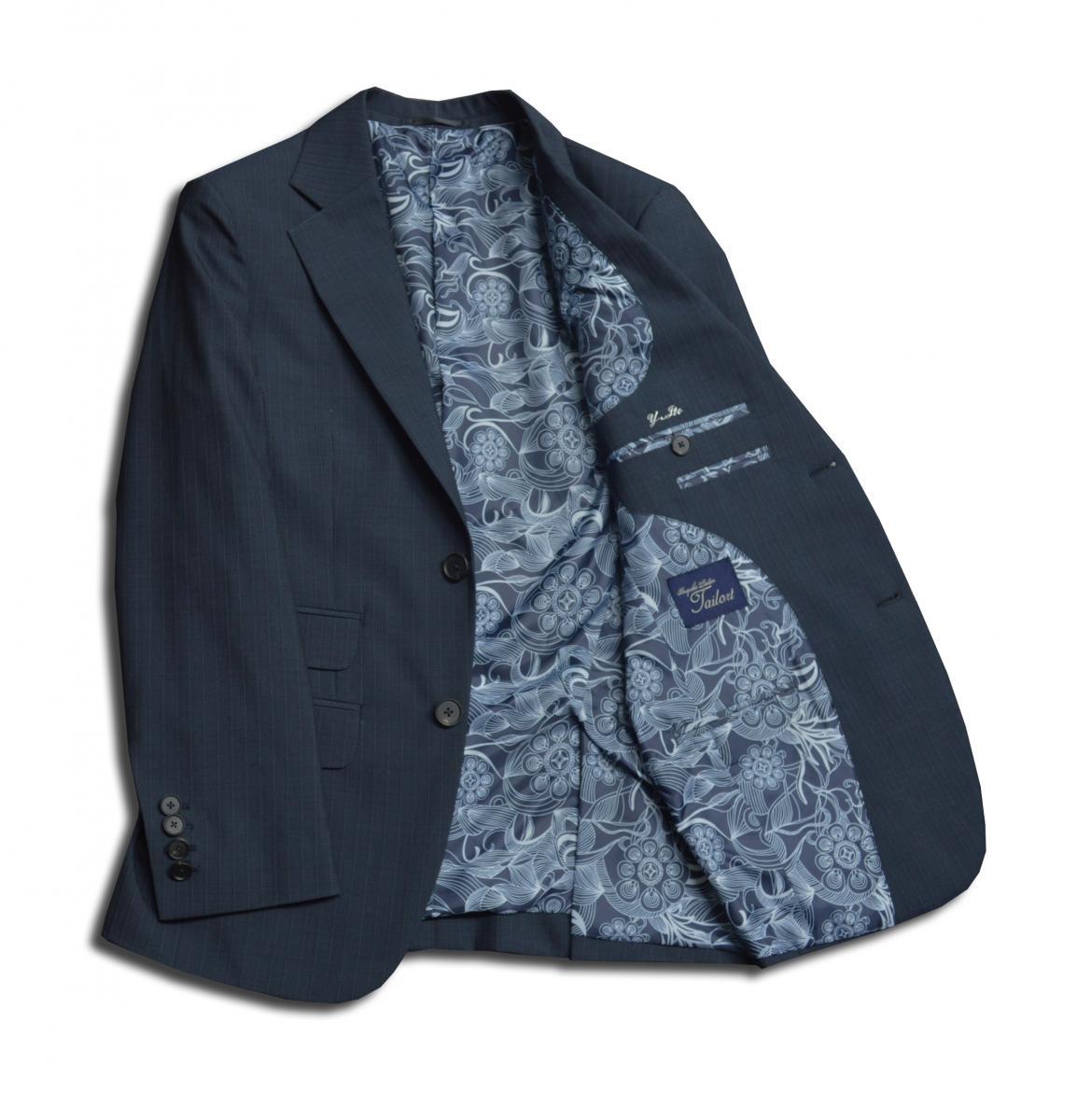 [オーダースーツ]透け感のある爽やかスーツで、暑い日のビジネスもクールに。