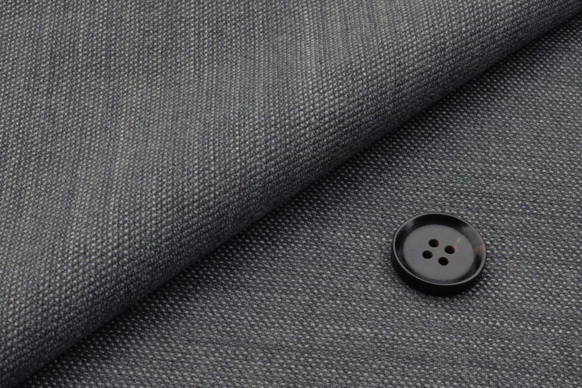 [オーダージャケット]アクティブに活躍するビジネスマンへおススメ!