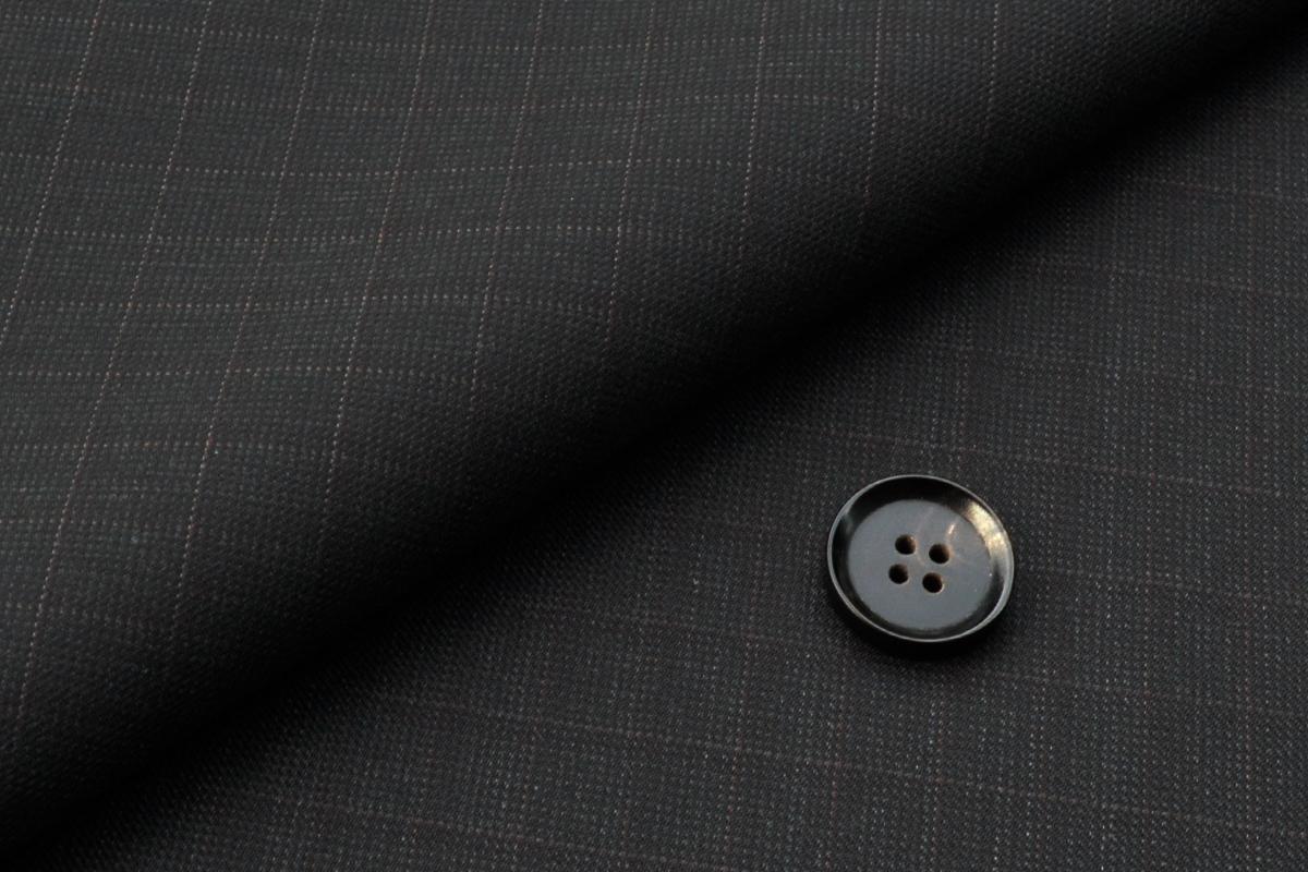 [オーダーベスト]ブラック×チェック柄で暖かい雰囲気が魅力的!