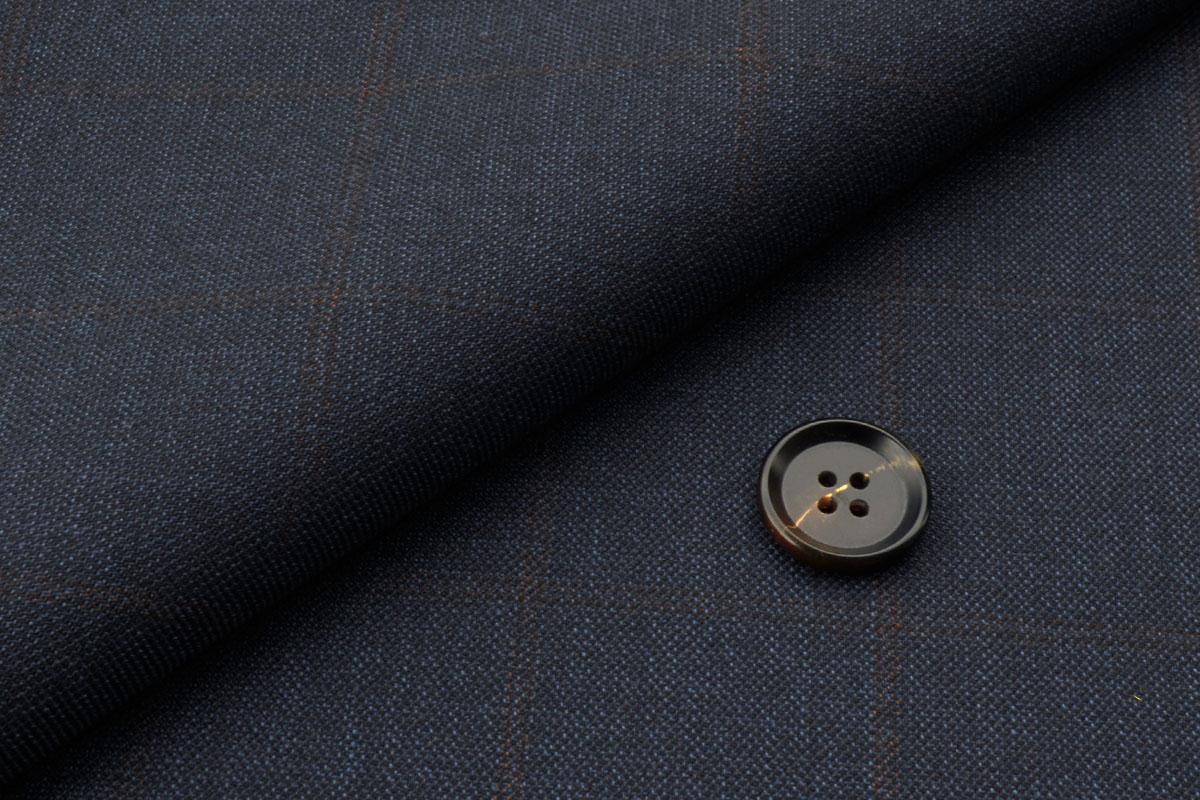 [オーダーレディーススーツ スカートセット]落ち着いた雰囲気のチェック柄で上品さを。