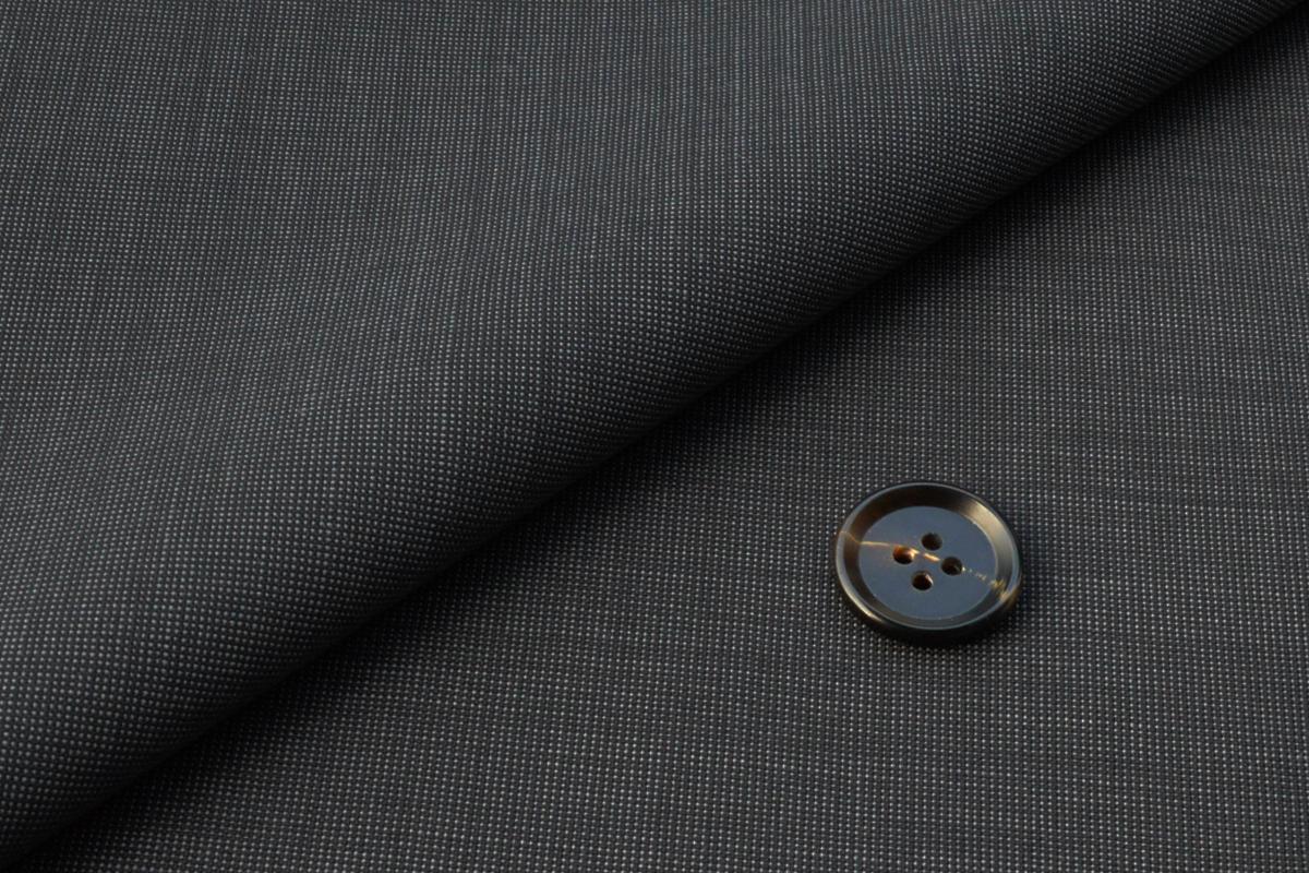 [オーダースーツ]ウール100%スーツで、暑い夏もお洒落を。