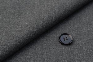 [オーダースーツ]ウール×シルク混生地、より気品高く!