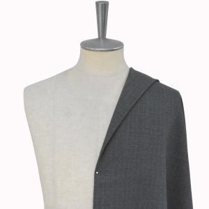 [オーダーレディーススーツ スカートセット]グレー×チェック柄で、落ち着いた男性の魅力を。