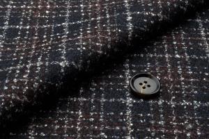 [オーダーコート]ウール100%の保湿性とお洒落チェックで冬も暖かく