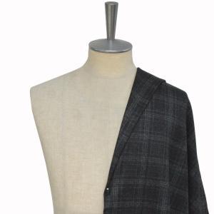 [オーダーレディーススーツ スカートセット]冬はチャコルグレー×チェックで暖かくお洒落を!