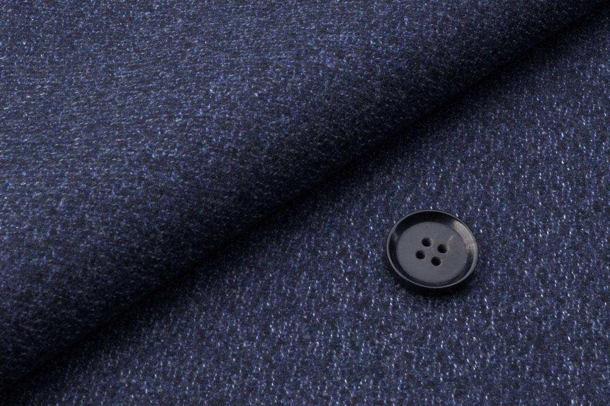 [オーダースーツ]ウール100%の肌ざわりで冬も暖かく!