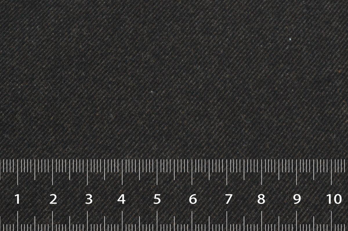 [オーダーレディーススーツ スカートセット]深めのブラウンで、シックな装いを。