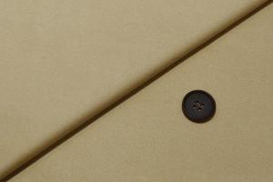 [オーダーレディーススーツ スカートセット]コットン100%のベージュでダンディな魅力を。