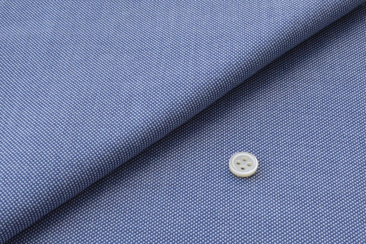 [オーダーシャツ]清涼感あふれるブルーで爽やかさ際立つ!