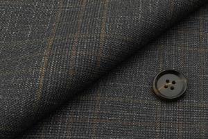 [オーダーレディーススーツ スカートセット]特徴のあるブラウンチエックが印象的な一枚