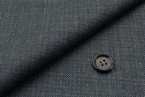 [オーダースーツ]グレー×ピンチェック柄で柔らかい雰囲気を。