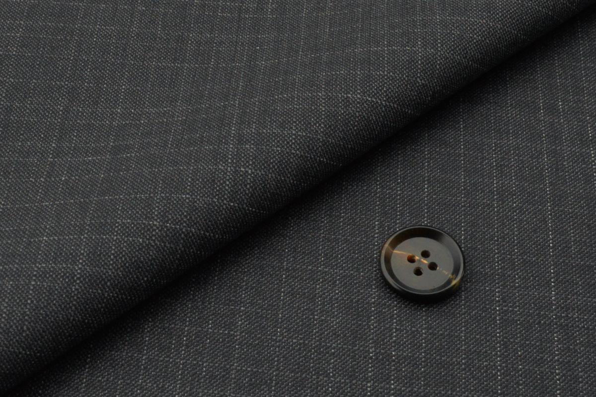 [オーダーレディーススーツ スカートセット]グレー×チェック柄で落ち着いた雰囲気を。