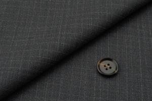 [オーダースーツ]グレー×チェック柄で落ち着いた雰囲気を。
