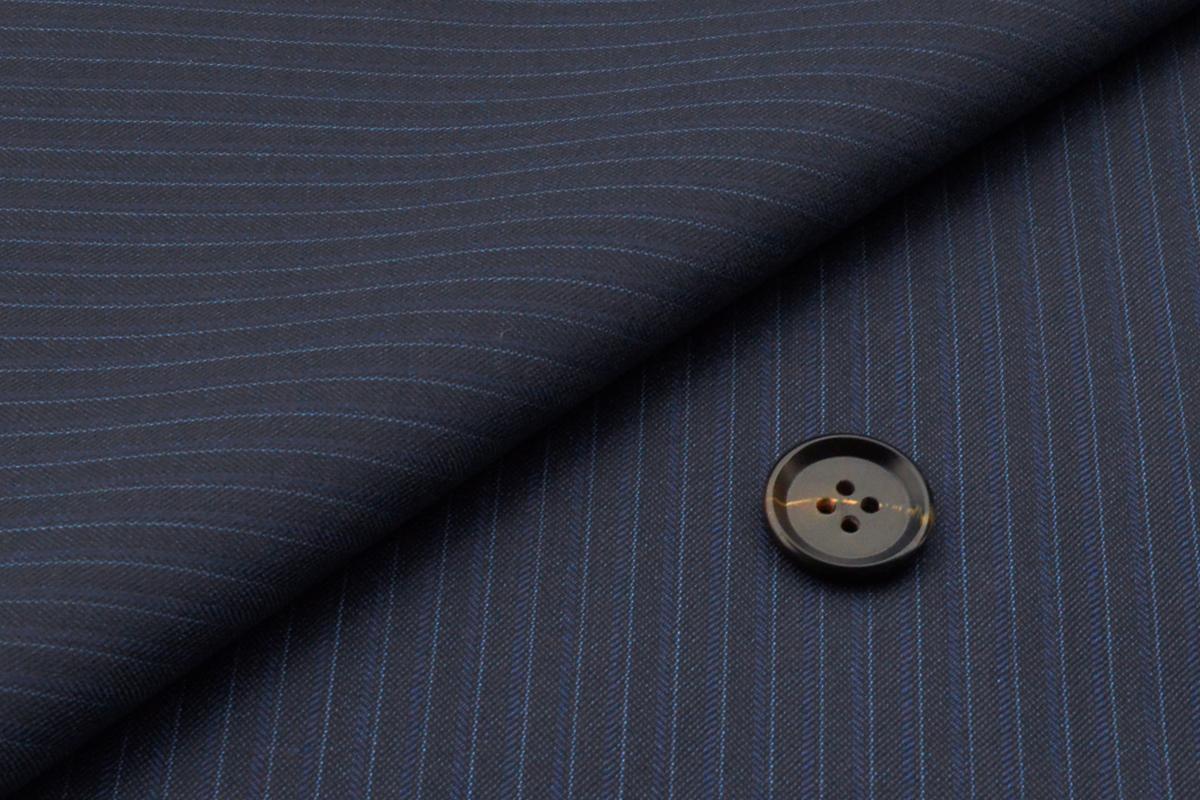 [オーダーレディーススーツ スカートセット]ロロピアーナの美しい艶感が魅力的な一枚