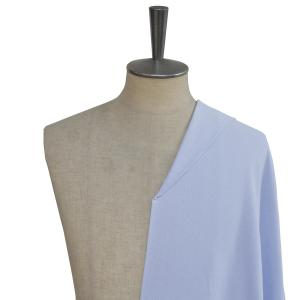 [ビズポロシャツ]爽やかサックスブルーとニットの着心地の良さをセットで。