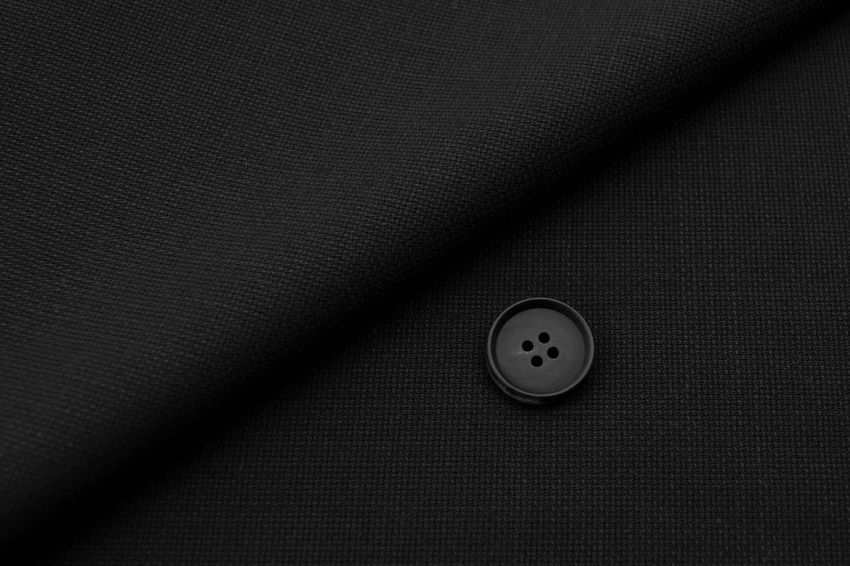 [オーダースーツ]【夏の強い味方クールマックス】万能ブラックで使い勝手も抜群