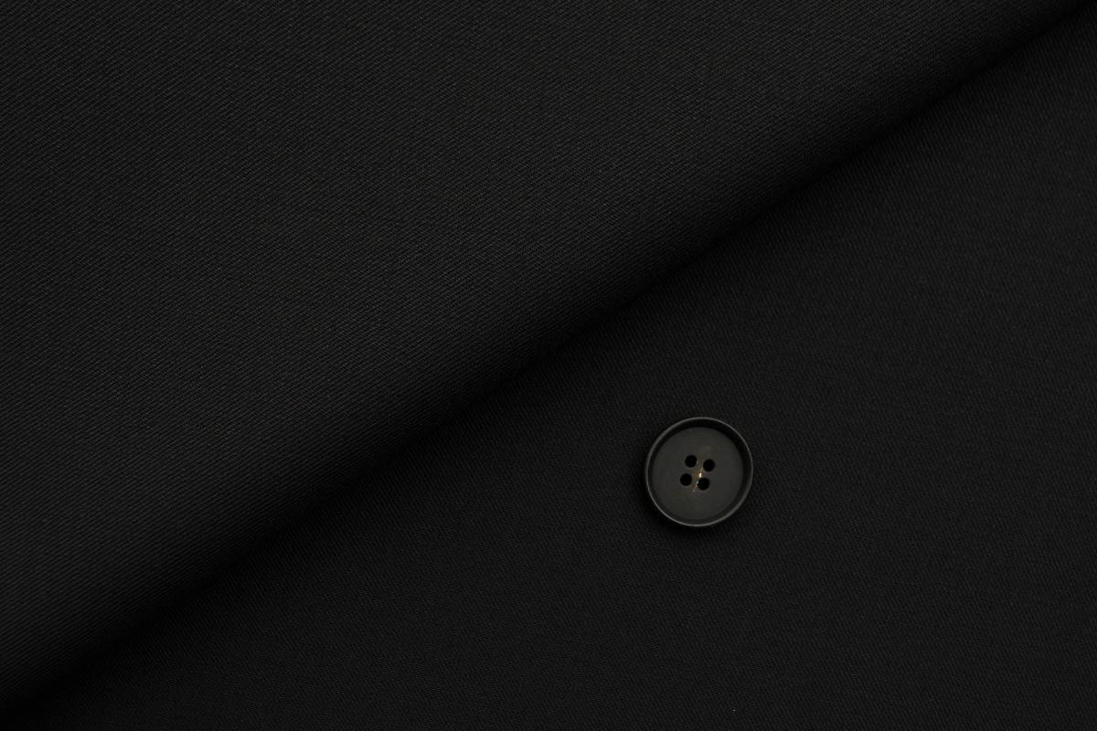 [オーダースーツ]ブラック×着心地の良さが嬉しい一枚