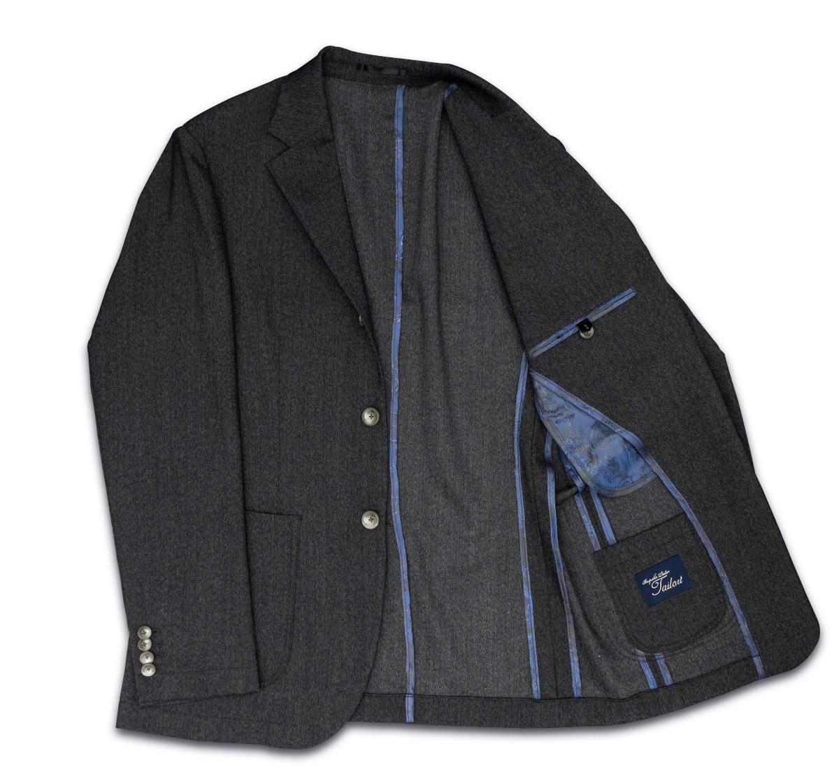 [カジュアルジャケット]さらっとしたデニム調スーツで、気分転換!