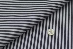 [オーダーシャツ]黒ストライプがシャープでお洒落な印象!
