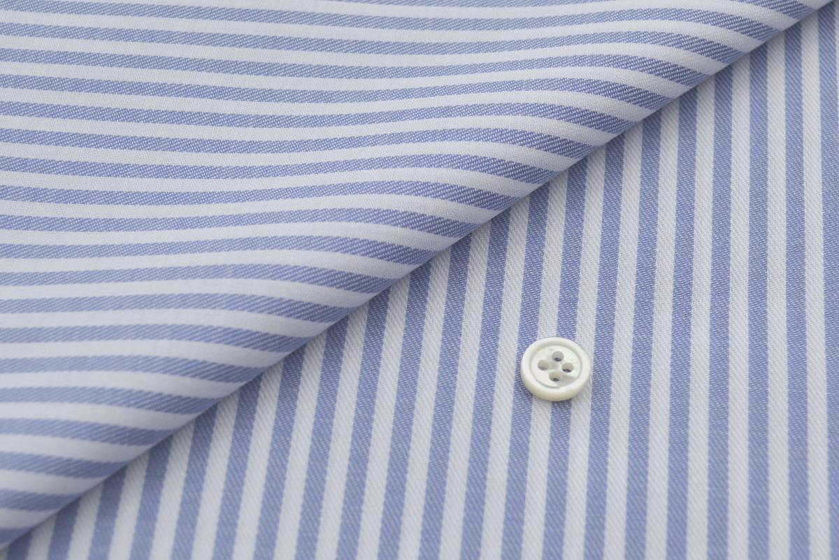 [オーダーシャツ]清涼感あふれるブルーストライプが印象的な一枚!