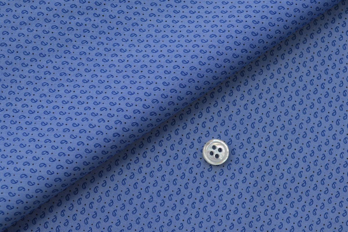 [オーダーシャツ]見る距離によって印象を変えてくれる。