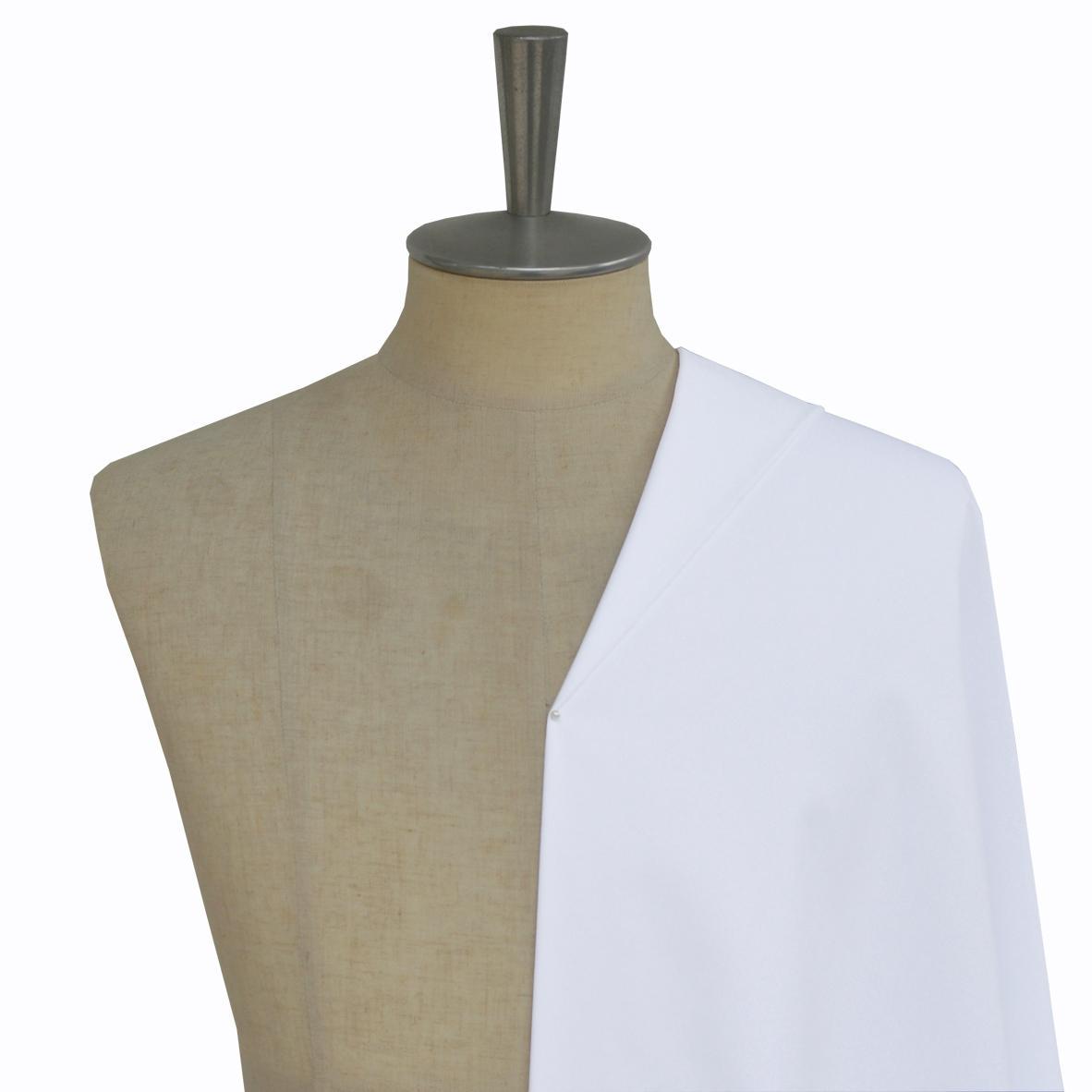 [オーダーシャツ]ブロード織りの白無地は定番の1枚