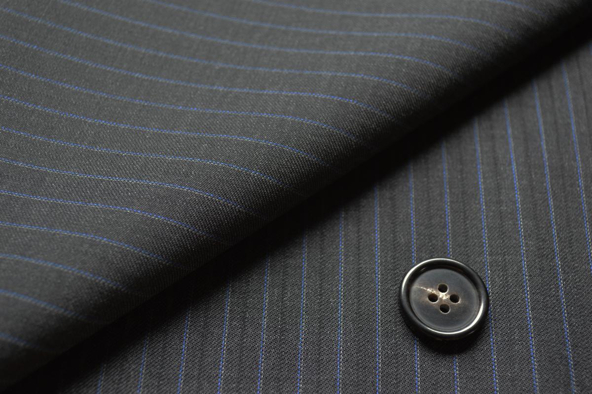 [オーダースーツ]【Canonico】お洒落な2色使いのストライプが入った洗練された一着